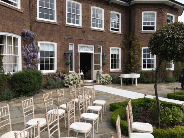 The Live Piano Experience at Delamere Manor